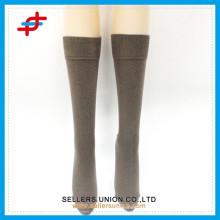 Calcetines clásicos de algodón para hombre / calcetines negros