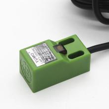 Sensor inductivo del interruptor de proximidad del tipo de columna angular Lmf1