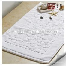 Verschiedene Jacquardmuster Verfügbare Baumwollweiß Custom Floor Mat