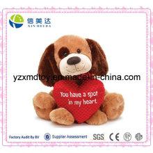 Plüsch sitzender Hund mit Liebe Herz