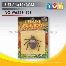 Shantou atacado pequenos brinquedos de insetos de borracha boas piadas para crianças