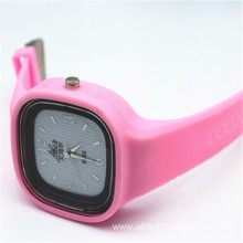 Square Silicone Wholesale Fashion Watch for Lady