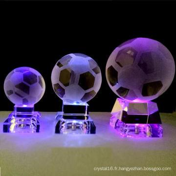Boule en cristal de décoration faite maison avec la lumière de LED