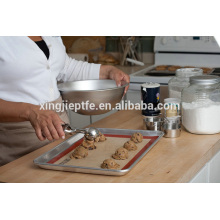 Hot product 0.4mm heat resistant non stick silicone baking mat