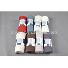 Hotle verwendet feste Polyesterdecken