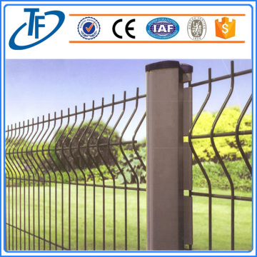 Panels in 6 gauge wire mesh