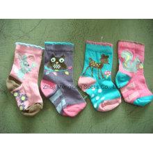 Chaussettes en coton de bonne qualité bébé issus de grandes marques