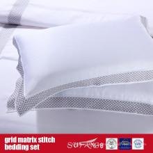 Grid Matrix Stitch Bedding Set Diseño clásico
