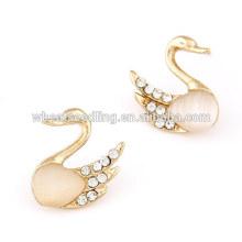 Dernières boucles d'oreilles opales naturelles de mode