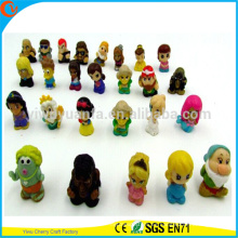 Cápsulas plásticas transparentes vendedoras calientes para los juguetes