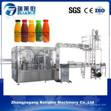 Máquina tampando de enchimento de lavagem automática giratória pequena do suco de fruto engarrafado