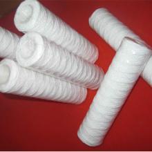 Elemento filtrante de alambre enrollado para tratamiento de agua