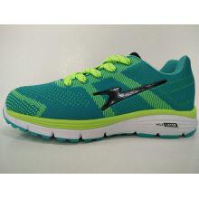 Los últimos zapatos deportivos de diseño verde deportivo