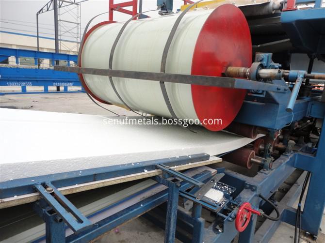 Cladding steel sheets EPS rockwool sandwich panel forming machine (5)