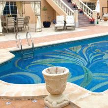 Mosaico de cristal azul para el azulejo de la piscina