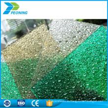 Barato venta al por mayor fina resistencia a la corrosión de colores de doble pared policarbonato materiales ligeros de material para techos
