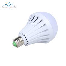 высокое качество перезаряжаемые аварийные светодиодные умные лампочки 5 Вт 7 Вт