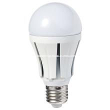 Venta caliente dos años de garantía CE & RoHS SMD5730 3W 5W 7W 9W 12W LED Bombilla de plástico