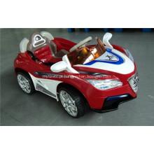Carro elétrico popular dos brinquedos das crianças