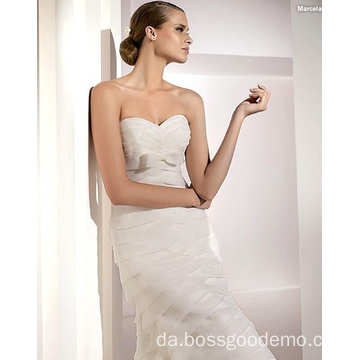 Elegant Trompet Havfrue Kæreste Cathedral Train Organza Bowknot Tiered Wedding Dress