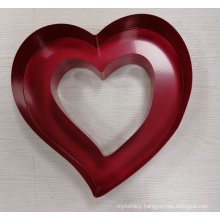 Factory good quality wedding creative decoration metal red heart-shaped display stand wine rack