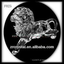 Mão de cristal esculpida leão animal de cristal