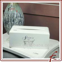 Couvercle de boîte en tissu blanc en bois