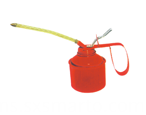 Red Oil Can for automobile