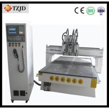 Machine de gravure de commande numérique par ordinateur de 1325 3D type linéaire Atc CNC Router