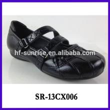Zapatos negros de la escuela para los niños embroma los zapatos negros de la escuela zapatos negros de la escuela de las muchachas