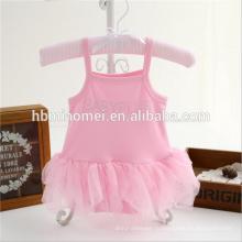 Alixpress Амазонки горячий продавать девочка romper розовый цвет треугольник кружева Петти ползунки для новорожденных девочек