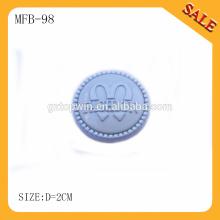 MFB98 Оптовые продажи серебристого цвета логотипа бренда выгравированы движущиеся металлические кнопки джинсов