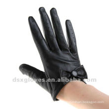 leather half gloves with black bow stylish