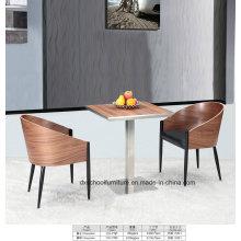 Hochwertige Massivholz Tisch und Stuhl für Zuhause