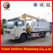 Dongfeng Light Duty Wrecker Tow Truck with Crane on Sale