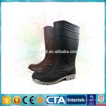 Chaussures de pluie à la mode pour hommes