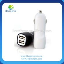 Adaptador dual de la batería de coche del USB corriente de salida 2A / rápido en cargar y mini cargador único del coche del diseño