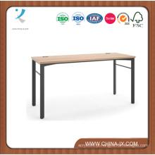 Mesa de computador moderno simples de madeira e aço