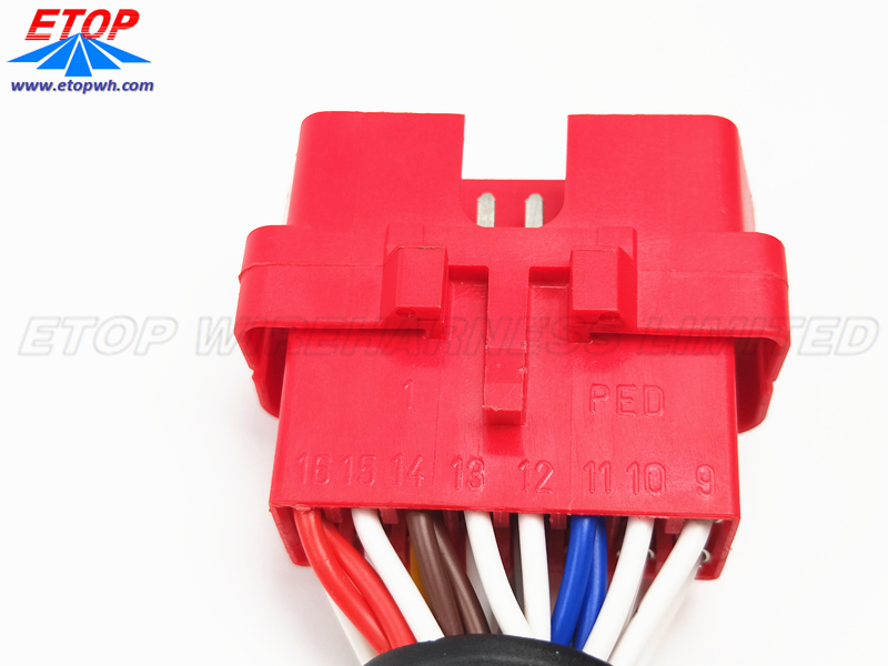 red OBDII Male connector