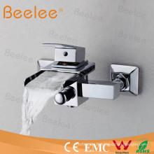 Robinet de baignoire de robinet de douche de salle de bains de cascade de bâti de mur Qh0510W