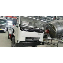 Camion malaxeur à chargement automatique de rotation 2.5CBM-12CBM