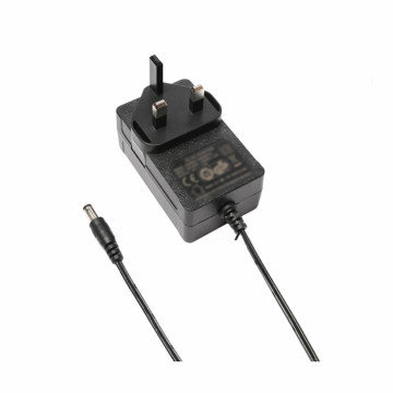 12.6V 1500mA UK Plug Power Adapter Pengisi Daya Baterai