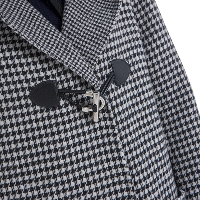 Buttons for winter black and white checked cashmere overcoats