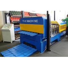 Petit pain de panneau de toit formant la machine