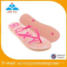 2016 nuevo estilo China precio de fábrica tamaño de la señora PE outsole pvc superior Flip Flop sandalia zapatilla