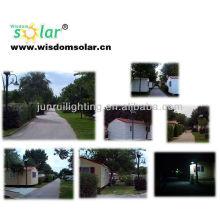 lampe de rue LED solaire