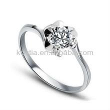 Anneau en argent de diamant 925 plaqué or blanc fleur design de bijoux en anneaux pour femmes