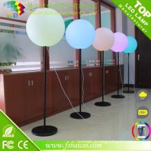 Balão quente do suporte da iluminação da venda, bola da iluminação do diodo emissor de luz com suporte