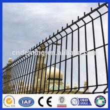 DM Galvanized Triangle Bending Fence