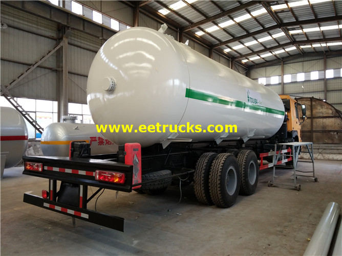 8000 Gallons Propane Road Tank Vehicles